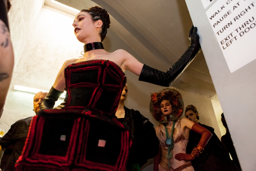jean-paul-gaultier-haute-couture-aw-16-backstage-7
