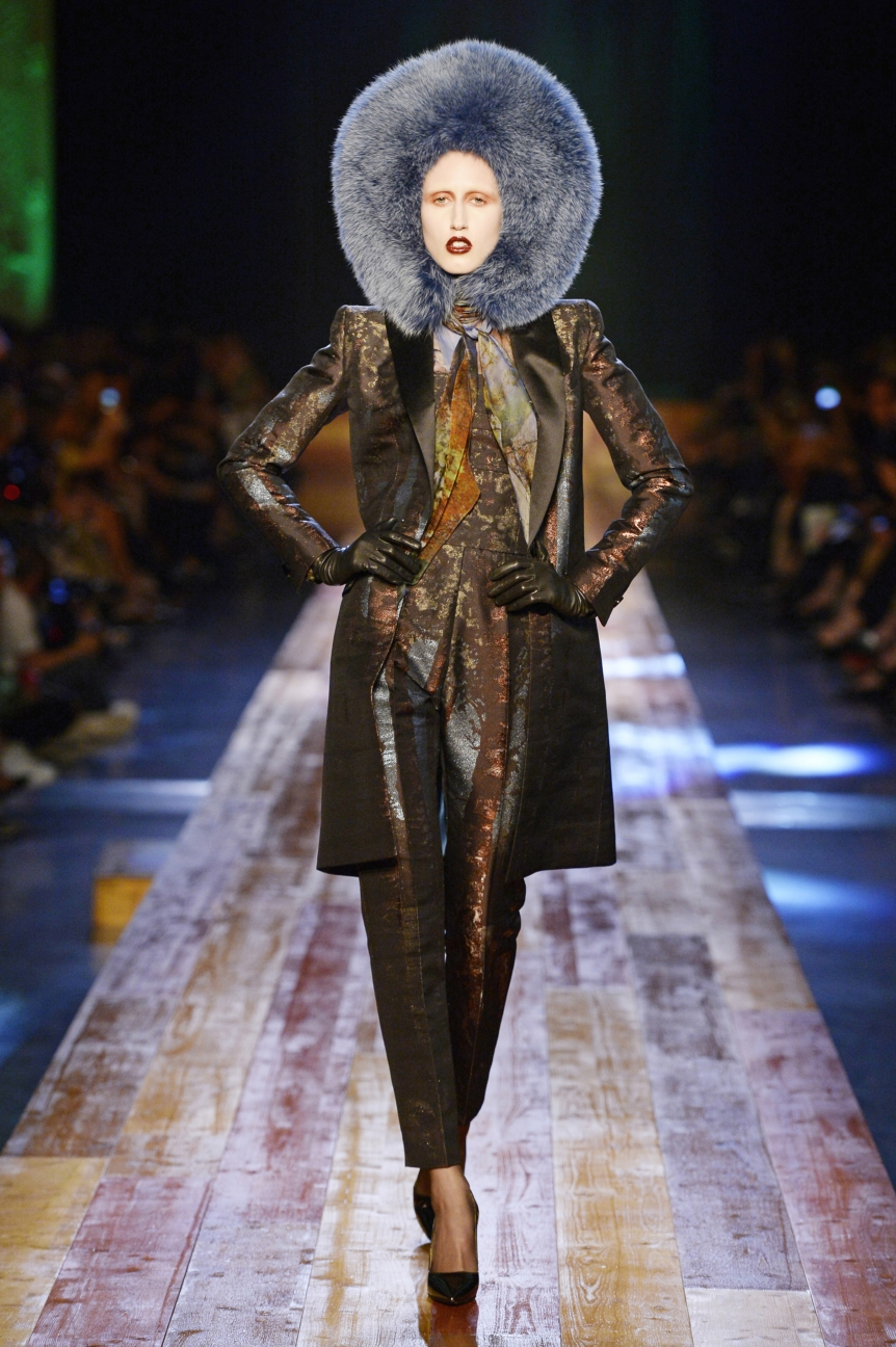 jean-paul-gaultier-haute-couture-aw-16-runway-12