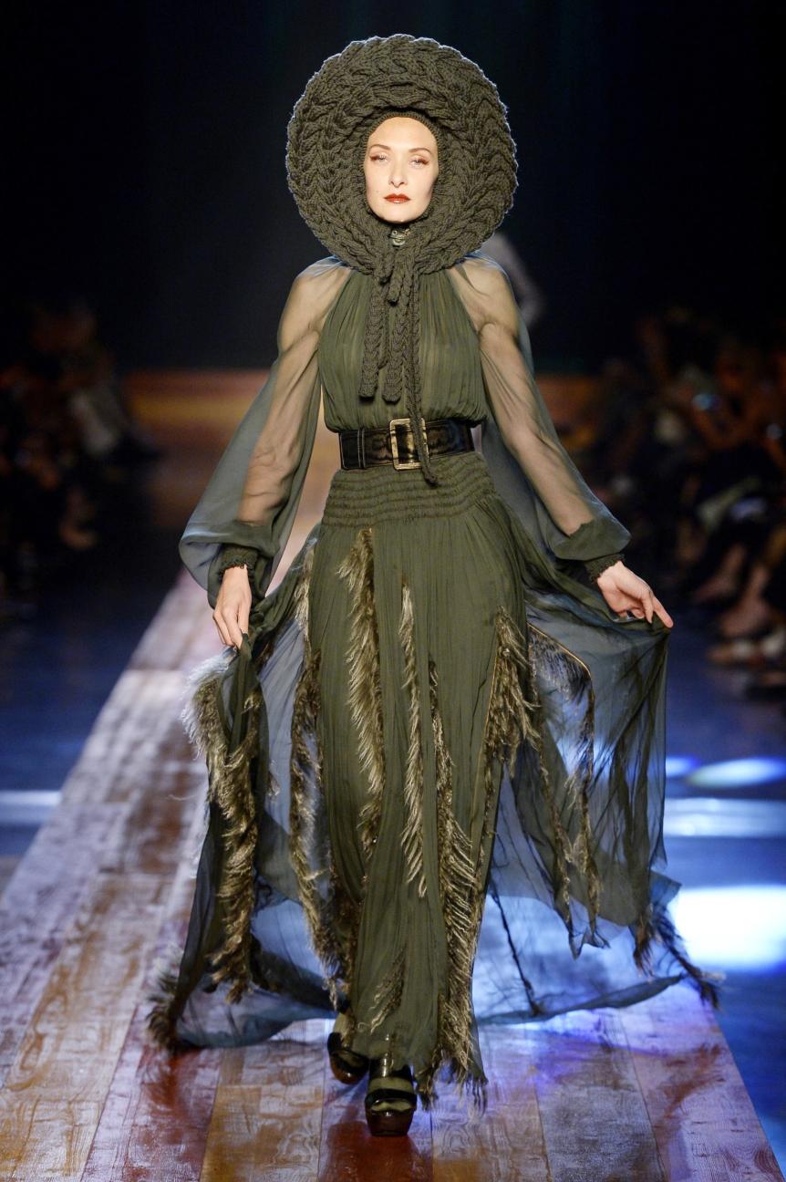 jean-paul-gaultier-haute-couture-aw-16-runway-19