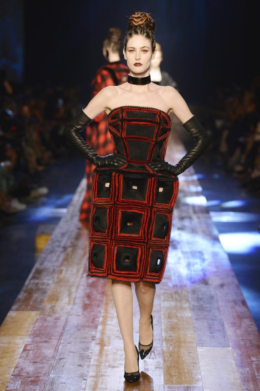 jean-paul-gaultier-haute-couture-aw-16-runway-34