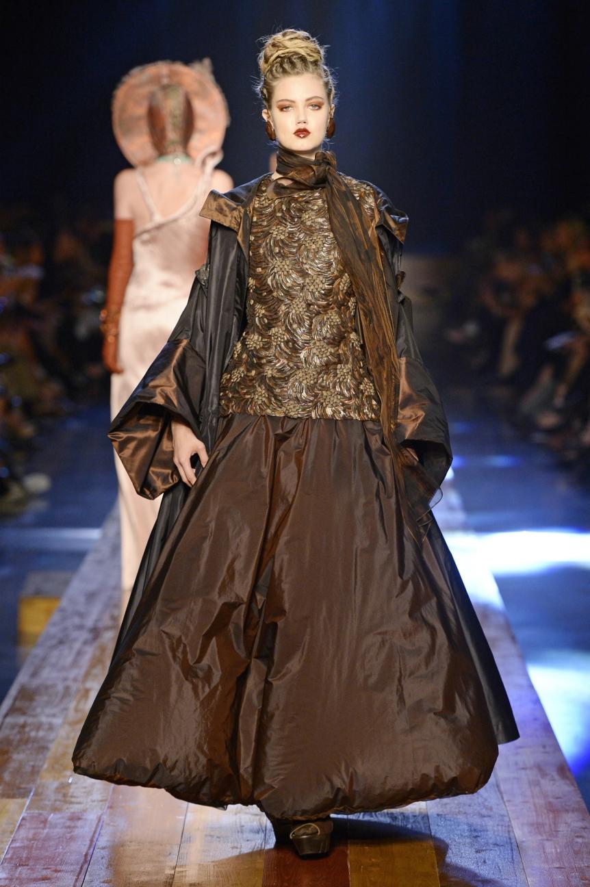 jean-paul-gaultier-haute-couture-aw-16-runway-37