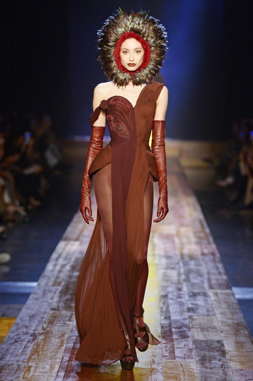 jean-paul-gaultier-haute-couture-aw-16-runway-40