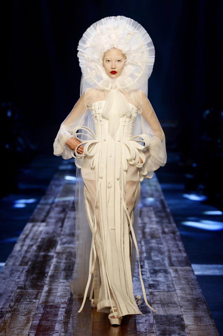 jean-paul-gaultier-haute-couture-aw-16-runway-58