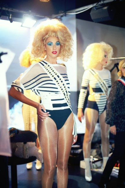 jean-paul-gaultier-paris-fashion-week-spring-summer-2015-backstage-100