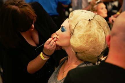 jean-paul-gaultier-paris-fashion-week-spring-summer-2015-backstage-11