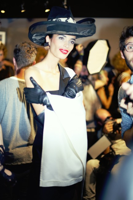 jean-paul-gaultier-paris-fashion-week-spring-summer-2015-backstage-132