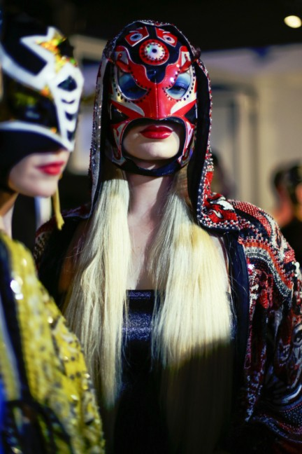 jean-paul-gaultier-paris-fashion-week-spring-summer-2015-backstage-183