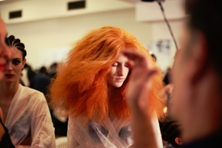 jean-paul-gaultier-paris-fashion-week-spring-summer-2015-backstage-40