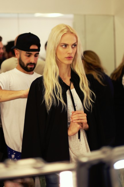 jean-paul-gaultier-paris-fashion-week-spring-summer-2015-backstage-59