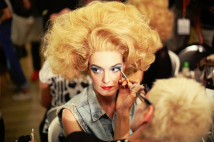 jean-paul-gaultier-paris-fashion-week-spring-summer-2015-backstage-73