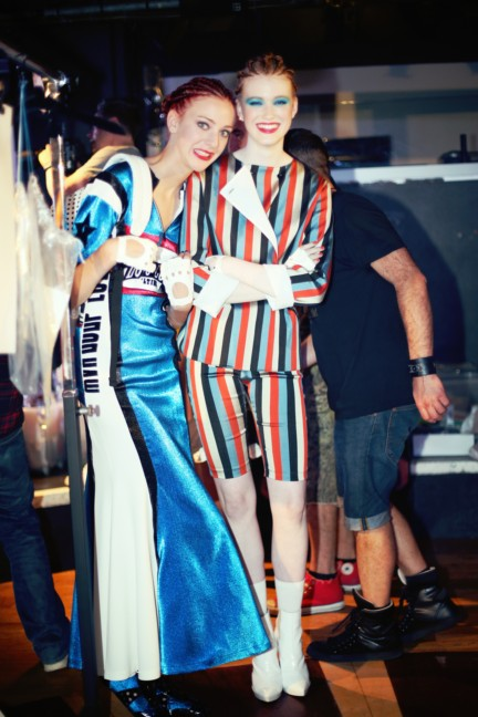jean-paul-gaultier-paris-fashion-week-spring-summer-2015-backstage-98