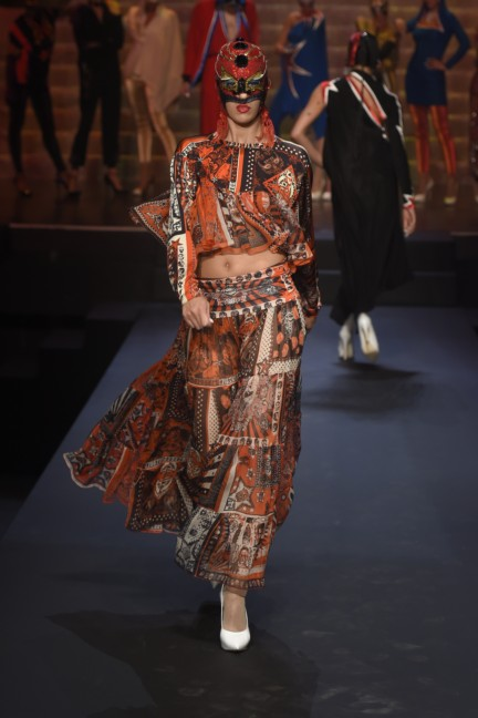 jean-paul-gaultier-paris-fashion-week-spring-summer-2015-73
