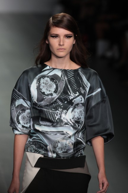 jean-pierre-braganza-london-fashion-week-spring-summer-2015-15