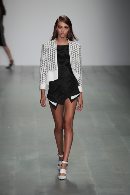 jean-pierre-braganza-london-fashion-week-spring-summer-2015-24