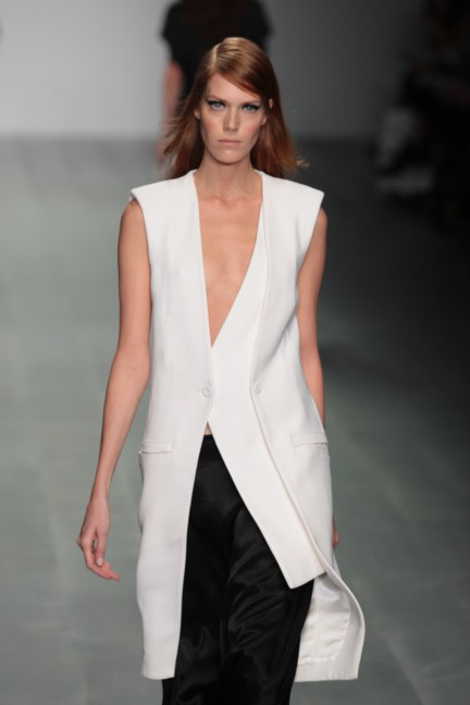 jean-pierre-braganza-london-fashion-week-spring-summer-2015-52