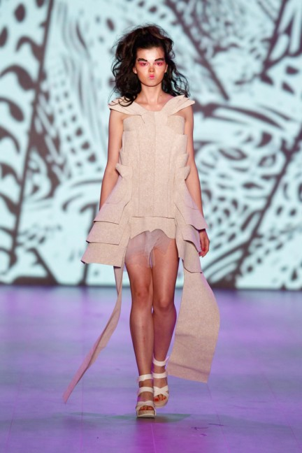 johny-dar-mercedes-benz-fashion-week-berlin-spring-summer-2015-15