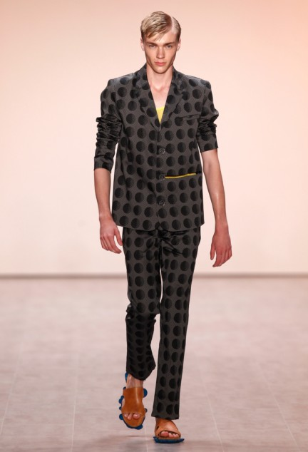 julian-zigerli-mercedes-benz-fashion-week-berlin-spring-summer-2015-12