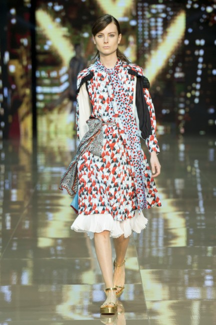 just-cavalli-milan-fashion-week-spring-summer-2015-15