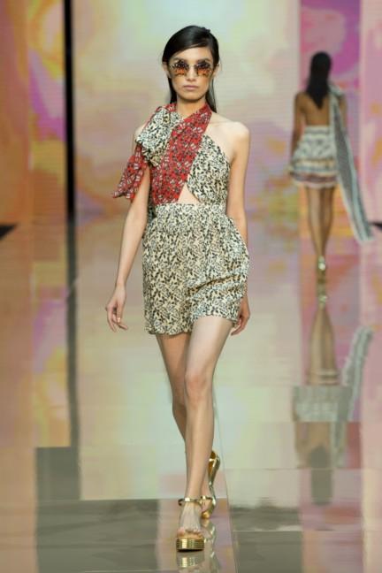 just-cavalli-milan-fashion-week-spring-summer-2015-34