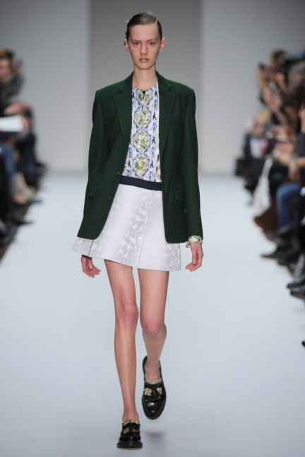kinderagguginiaw12-look-1