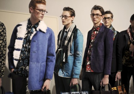 backstage-at-the-burberry-prorsum-menswear-autumn_winter-2015-sho_003