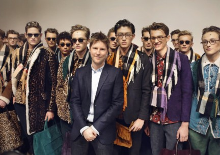backstage-at-the-burberry-prorsum-menswear-autumn_winter-2015-sho_006