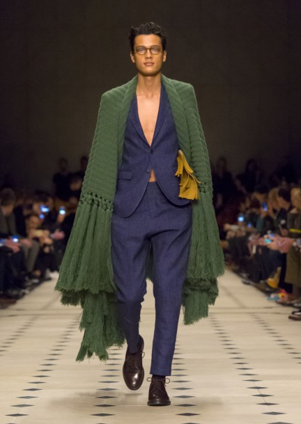 burberry-prorsum-menswear-autumn_winter-2015-collection-look-1