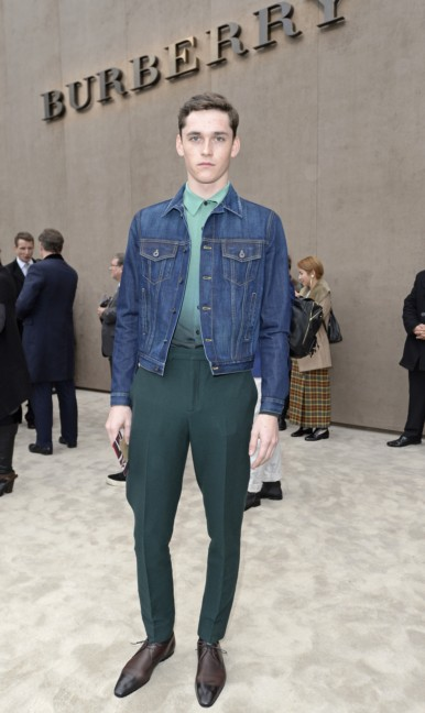 andres-hayward-wearing-burberry-at-the-burberry-prorsum-autumn_winter-2015-show