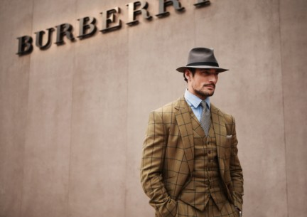 david-gandy-at-the-burberry-prorsum-autumn_winter-2015-sho_004