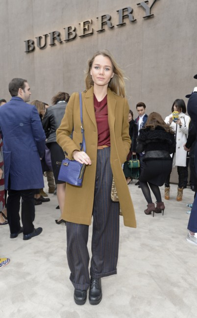 immy-waterhouse-at-the-burberry-prorsum-autumn_winter-2015-show