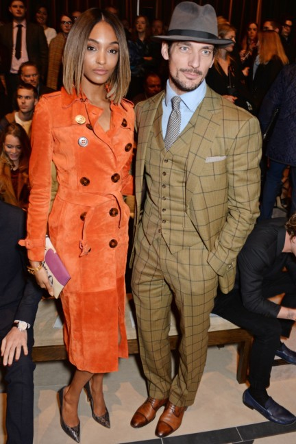 jourdan-dunn-and-david-gandy-wearing-burberry-at-the-burberry-prorsum-autumn_winter-2015-show