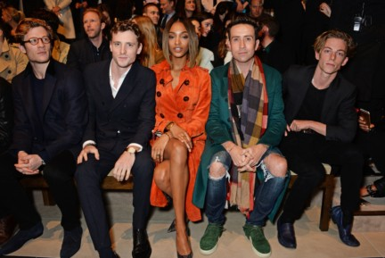 jourdan-dunn-george-barnett-nick-grimshaw-ben-nordberg-and-james-norton-on-the-front-row-at-the-burberry-prorsum-autumn_winter-2015-sho_001