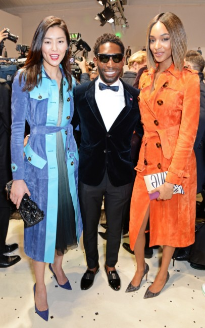 jourdan-dunn-liu-wen-and-tinie-tempah-wearing-burberry-at-the-burberry-prorsum-autumn_winter-2015-show