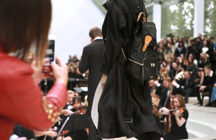 burberry-womenswear-s_s16-sho_001