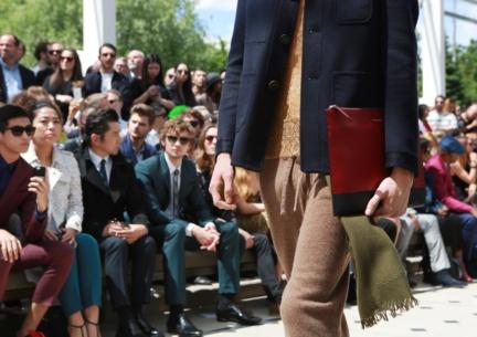 burberry-menswear-spring-summer-2016-sho_006