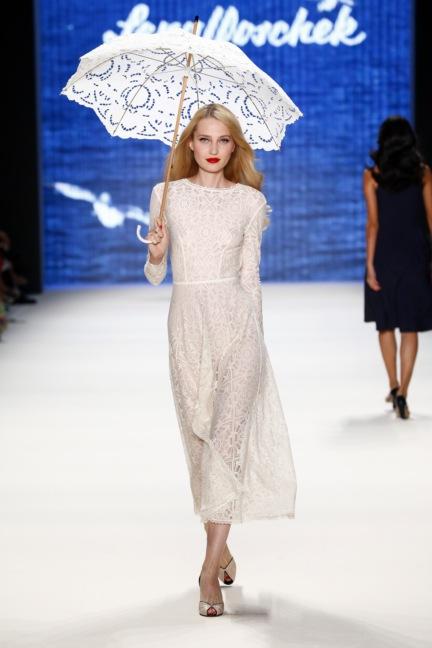 ss-2017_fashion-week-berlin_de_0006_lena-hoschek_66585