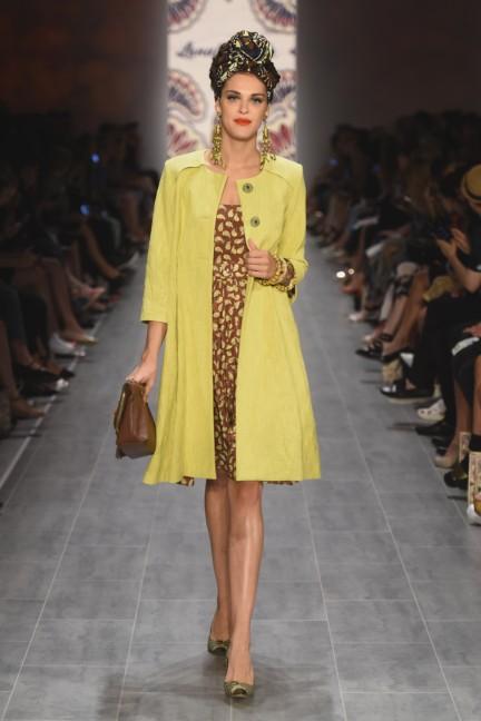lena-hoschek-mercedes-benz-fashion-week-berlin-spring-summer-2015-43