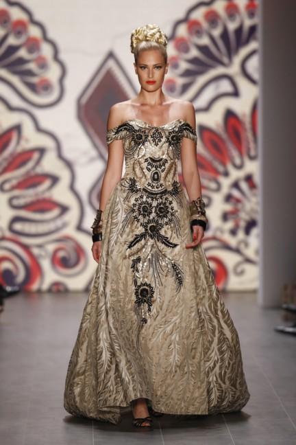 lena-hoschek-mercedes-benz-fashion-week-berlin-spring-summer-2015-5