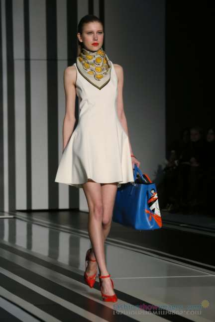 anya-hindmarch-london-fashion-week-autumn-winter-2014-00002