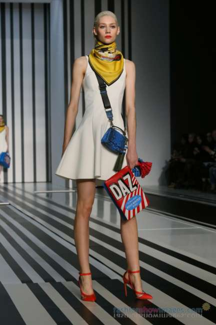 anya-hindmarch-london-fashion-week-autumn-winter-2014-00009
