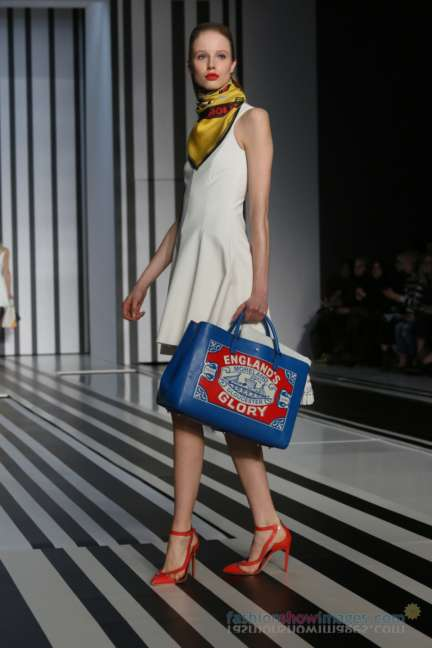 anya-hindmarch-london-fashion-week-autumn-winter-2014-00011