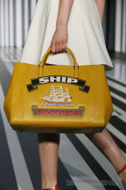 anya-hindmarch-london-fashion-week-autumn-winter-2014-00027