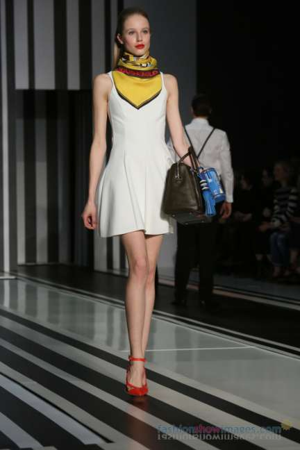 anya-hindmarch-london-fashion-week-autumn-winter-2014-00037