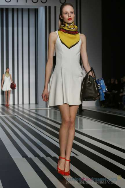 anya-hindmarch-london-fashion-week-autumn-winter-2014-00039