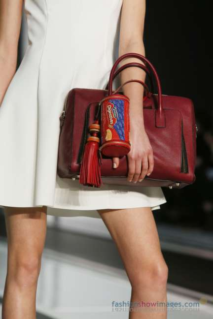 anya-hindmarch-london-fashion-week-autumn-winter-2014-00042