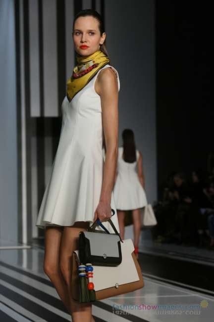 anya-hindmarch-london-fashion-week-autumn-winter-2014-00045