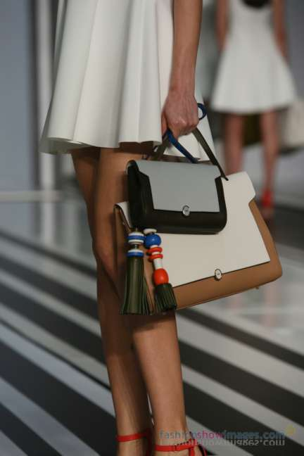 anya-hindmarch-london-fashion-week-autumn-winter-2014-00046