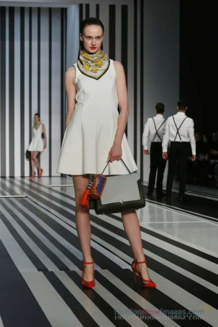 anya-hindmarch-london-fashion-week-autumn-winter-2014-00049
