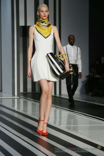 anya-hindmarch-london-fashion-week-autumn-winter-2014-00054