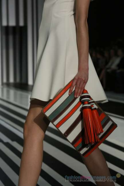 anya-hindmarch-london-fashion-week-autumn-winter-2014-00061